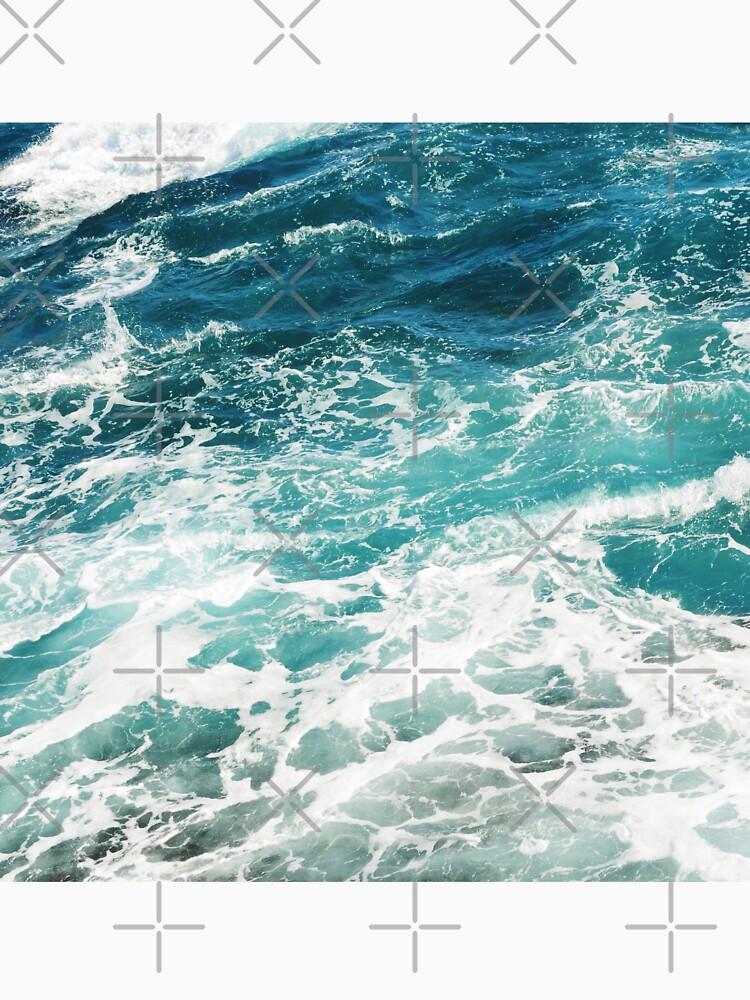 Blue Ocean Waves  by AlexandraStr