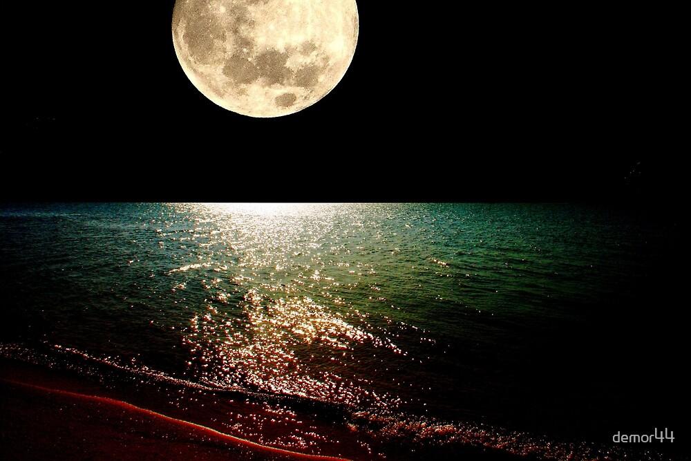 full moon by demor44