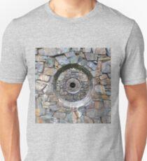 FOCUS (Shattered Version) Unisex T-Shirt