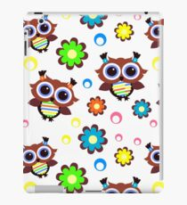 Retro Owls and Flowers iPad Case/Skin