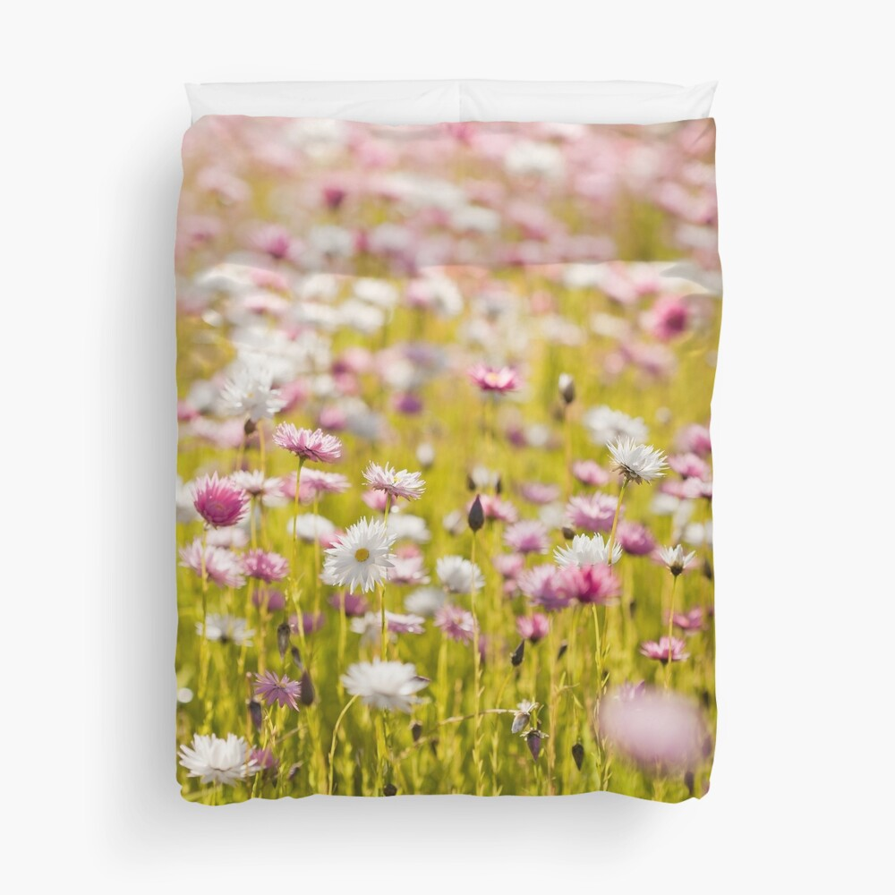 Pink and White Everlasting Daisies Duvet Cover