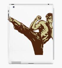 Vinilo o funda para iPad Patadas de hombre de Karate
