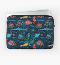 Tropische Fische unter dem Meer Laptoptasche