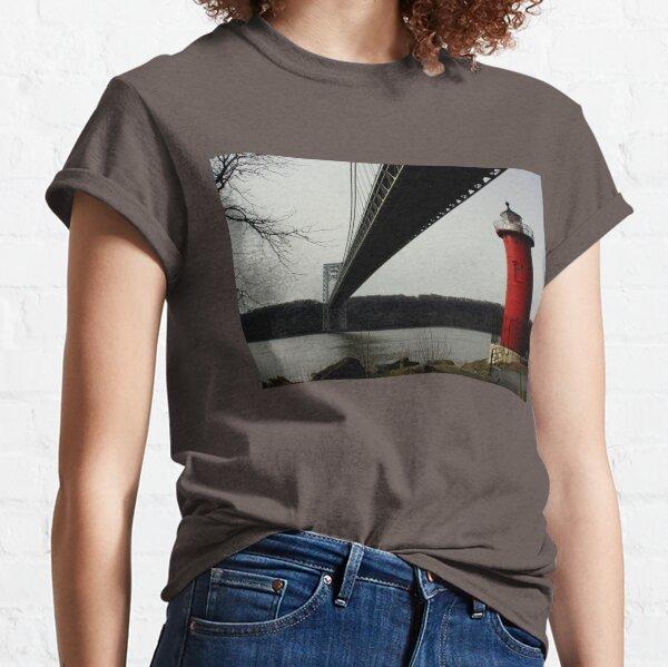 Little Red Lighthouse & George Washington Bridge Classic T-Shirt