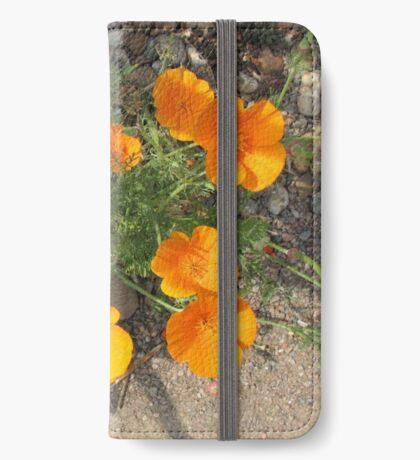 Färbe mich orange! California Poppies iPhone Flip-Case