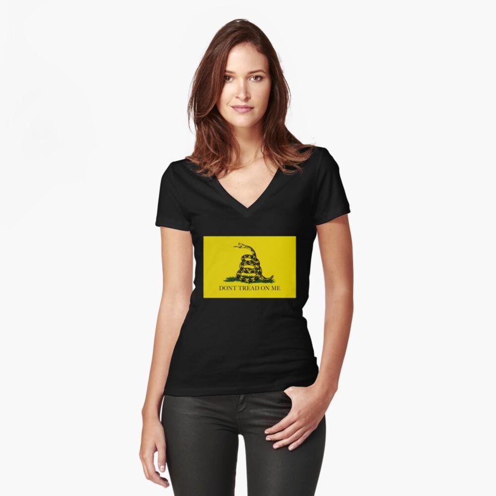 La bandera de Gadsden Do not Tread On Me - Versión auténtica Camiseta entallada de cuello en V