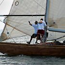 Foredeck action on board Natural by wolftinz