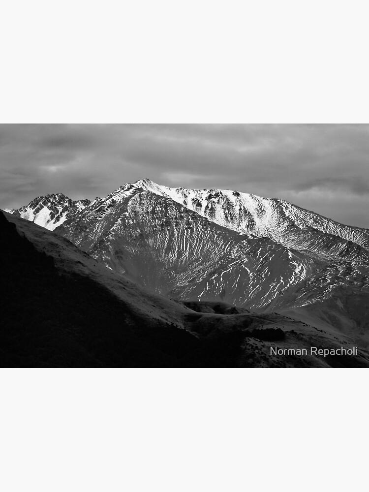 Mountains over Windwhistle, New Zealand by keystone