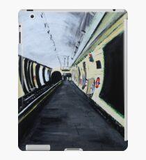 London Underground Wood Green Piccadilly Line Tube Station Acrylic Painting iPad Case/Skin