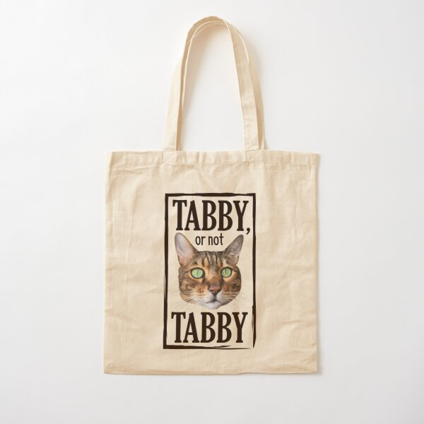Tabby or not Tabby, chat de bengal aux yeux verts, fond jaune beige Tote bag classique