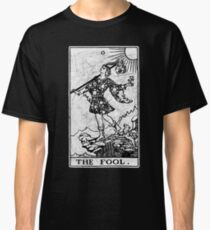 The Fool Tarot Card - Major Arcana - fortune telling - occult Classic T-Shirt
