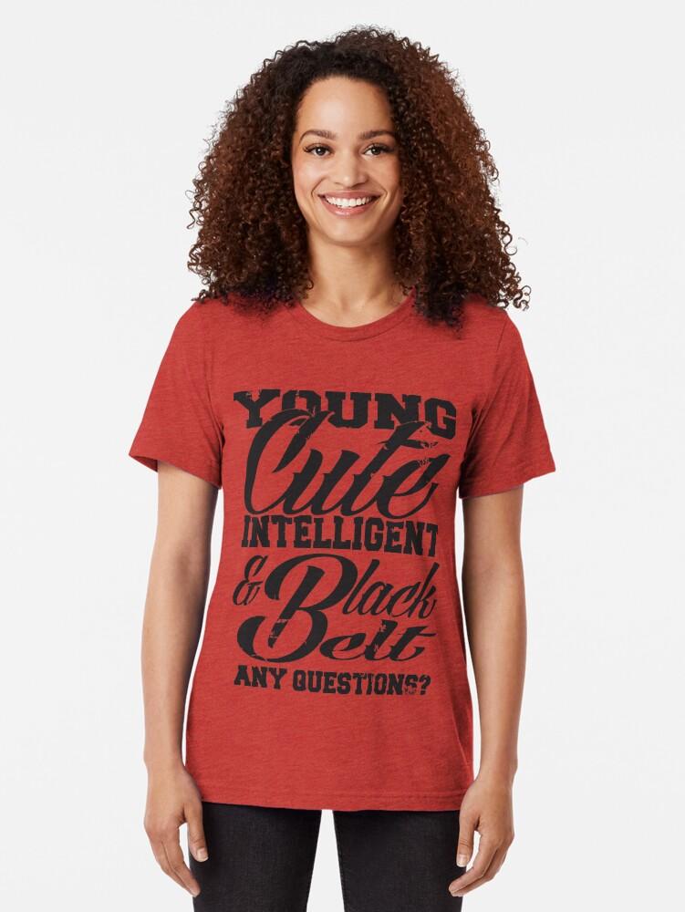 Vista alternativa de Camiseta de tejido mixto Joven linda inteligente y cinturón negro