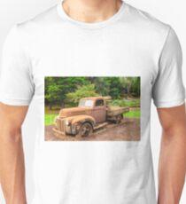 Rusty Ford Pickup / Ute T-Shirt