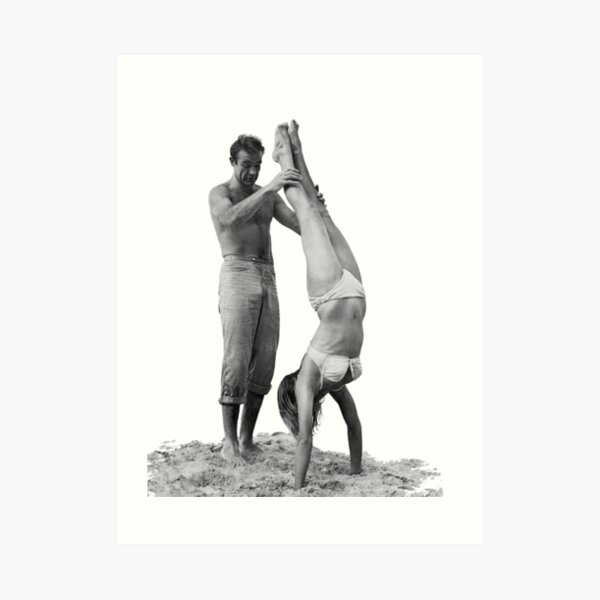 Sean Connery and Ursula Andress Beach Stands Art Print