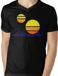Tatooine Sunset Vintage 80s Design Style Mens V-Neck T-Shirt