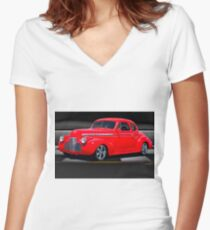 1941 Chevrolet 'Winners Circle' Coupe Women's Fitted V-Neck T-Shirt