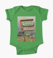 Lasso Motel One Piece - Short Sleeve