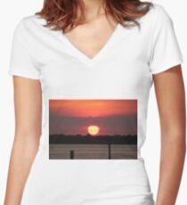 Island Park Big Sun Ball Sunset Women's Fitted V-Neck T-Shirt
