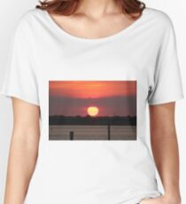 Island Park Big Sun Ball Sunset Women's Relaxed Fit T-Shirt