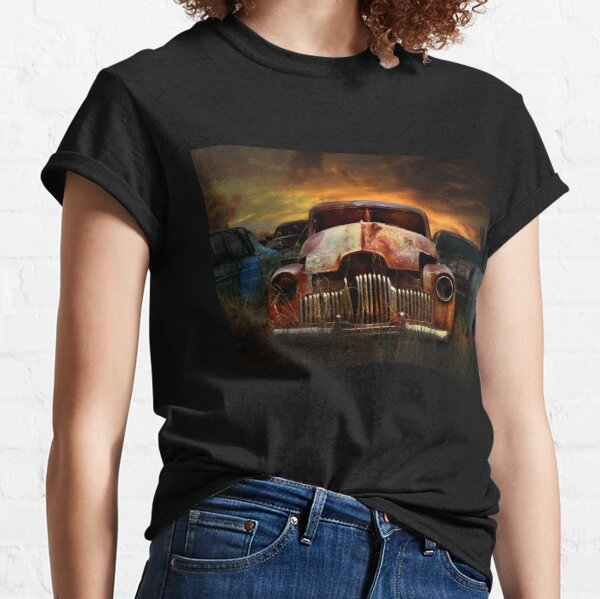 Wreckers yard, Peak Hill Classic T-Shirt
