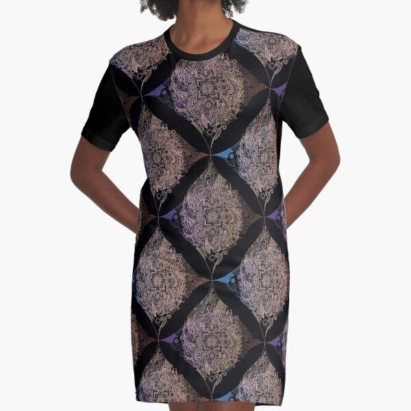 Detailed diamond, bordeaux glow Graphic T-Shirt Dress