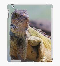 Young Adult Green Iguana iPad Case/Skin