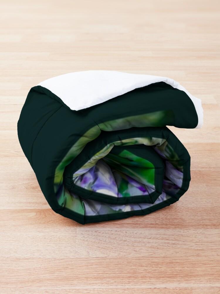Alternate view of Wisteria Comforter
