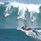 Crazy Day at Waimea Bay by kevin smith  skystudiohawaii