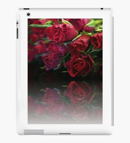Bouquet of Swetheart Roses iPad Case/Skin