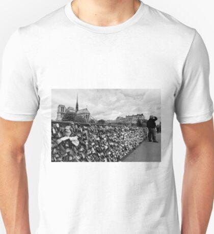 Locking for Love - Paris, France T-Shirt