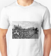 Locking for Love - Paris, France T-Shirt