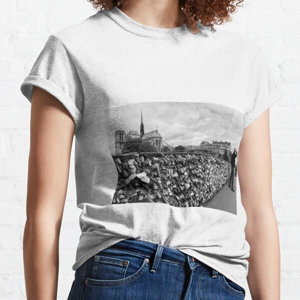 Locking for Love - Paris, France Classic T-Shirt