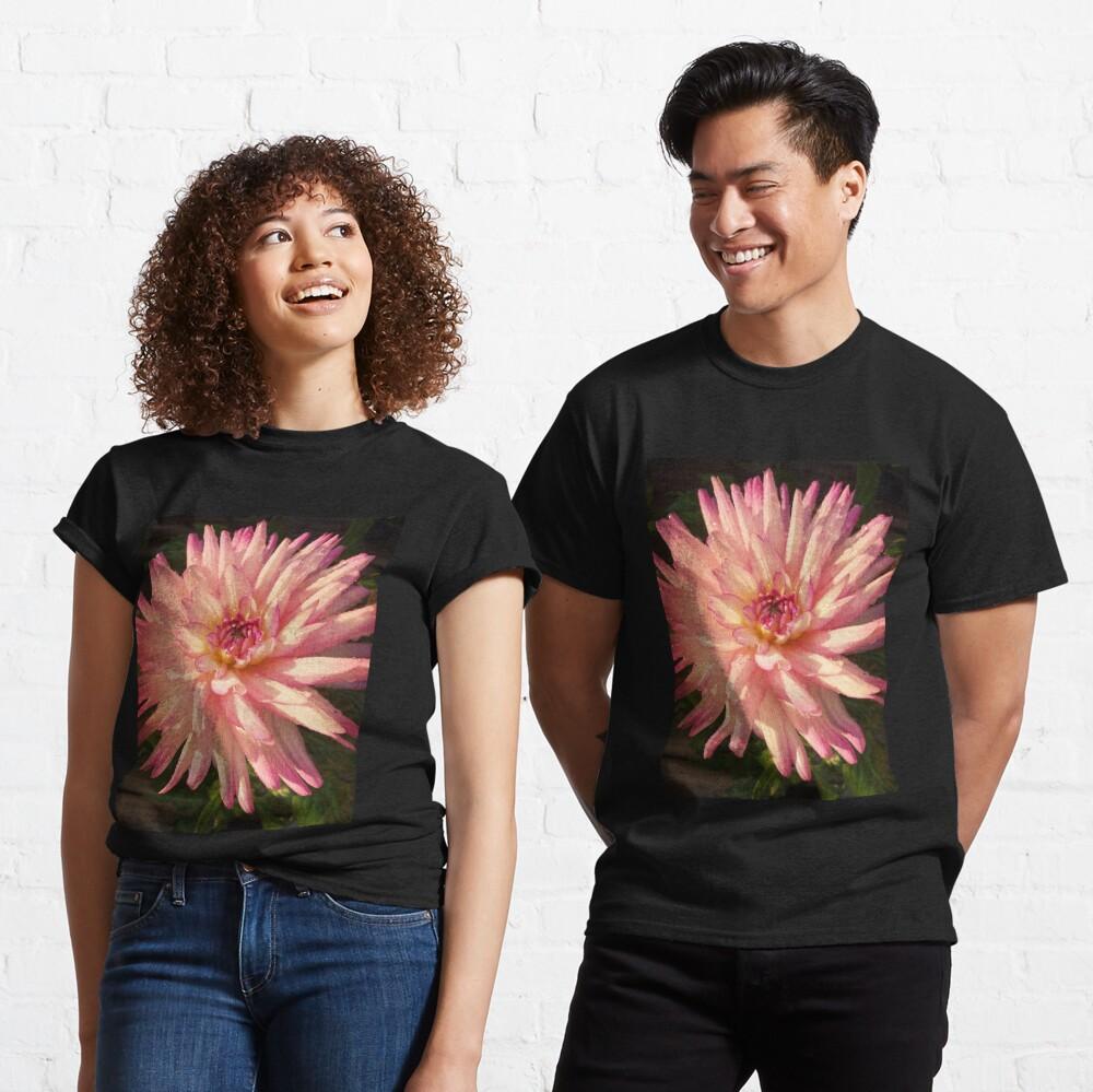 Gift for Gardener - Dazzling Pink Dahlia  Classic T-Shirt