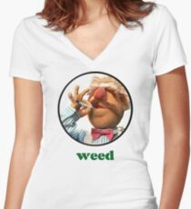 Weedish Chef Women's Fitted V-Neck T-Shirt