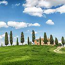 Tuscany Villa, Val DOrcia by Vicki Moritz