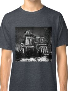 Your local creepy house Classic T-Shirt