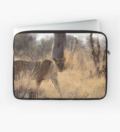 In the tall grass Laptop Sleeve