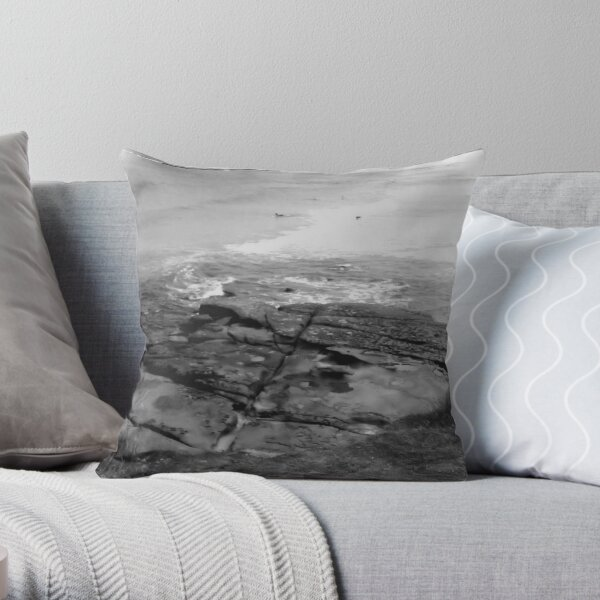 Soldiers Point, NSW Throw Pillow