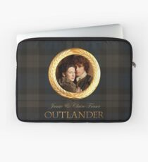 Jamie & Claire on Fraser plaid Laptop Sleeve