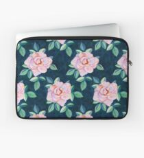 Simple Pink Rose Oil Painting Pattern Laptop Sleeve