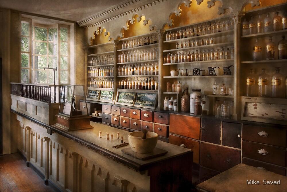 Pharmacist - The dispensatory by Michael Savad