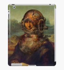 Steampunk Mona Lisa Diver's Helmet - Leonardo da Vinci iPad Case/Skin