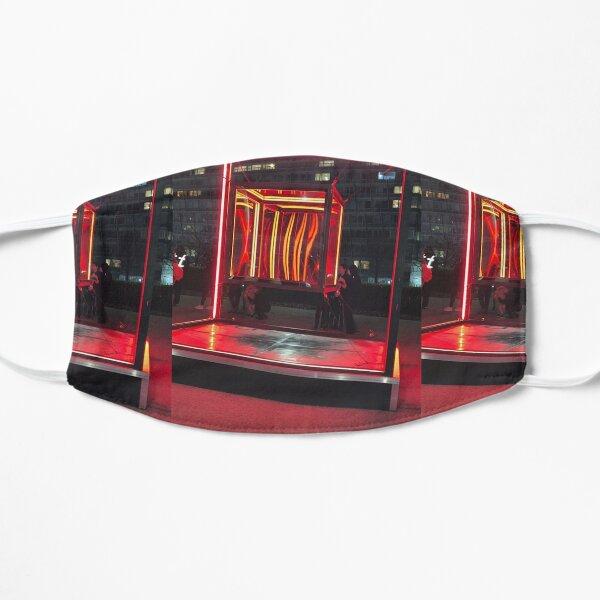 Redbox  Flat Mask
