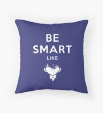 Be smart like - Detectiv Conan Throw Pillow
