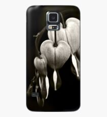 Bleeding Hearts (Dicentra) flowers in black and white Case/Skin for Samsung Galaxy