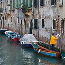 Going home Venice by Vicki Moritz