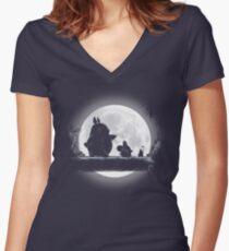 Camiseta entallada de cuello en V Hakuna Totoro