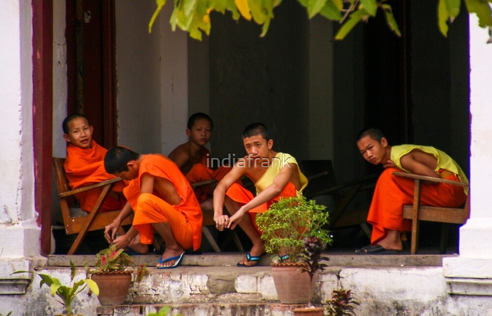 Monks relaxing, Laos by indiafrank