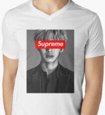 Hyungwon Men's V-Neck T-Shirt