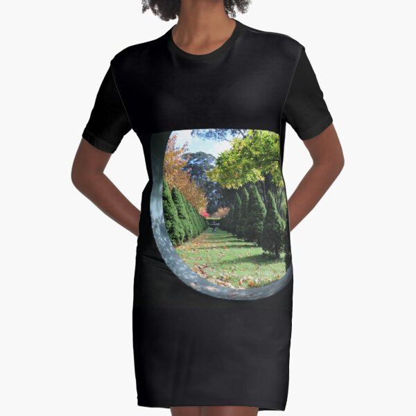 Bisley Windsow - Mt Wilson NSW Graphic T-Shirt Dress